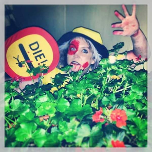 Halloween Zombie Lilly Pop Lady